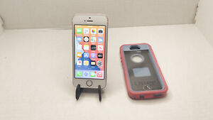 Apple iPhone SE - 32GB - Gold (Unlocked) A1662 (CDMA + GSM) (Please Read)
