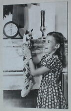 """Natalie Wood Christmas Publicity Floppy Magnet 3"""" x 2"""" Miracle on 34th St Era"""