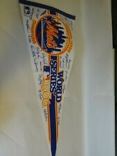 VINTAGE NATIONAL LEAGUE CHAMPIONS NEW YORK METS WORLD SERIES 1986 PENNANT SIGNED