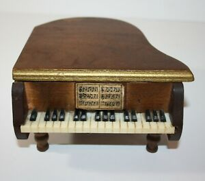Vintage Wooden Piano with 4 Coasters Made in Japan