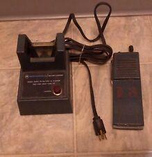 Motorola Ht220 Handie-Talkie Fm Radio 464.550 Mhz & Charger