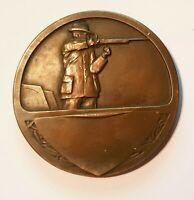 Belle Médaille en Bronze de 50 mm par Fraisse Tireur à la Carabine A Voir !!!!!!