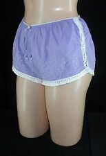 VICTORIA'S SECRET sz XS elastic waist Sleep Shorts Embroidery Crochet Lace