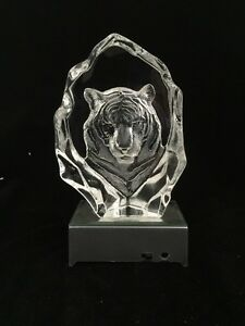 Tiger Head  - Crystal Etched Iceberg With Led Light Basea