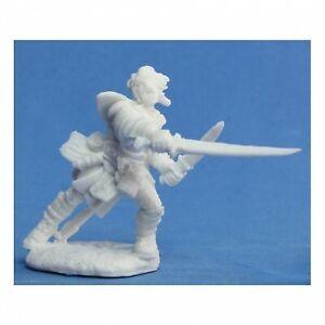 REM89007 Reaper Miniatures Bones: PF: Valeros, Iconic Fighter
