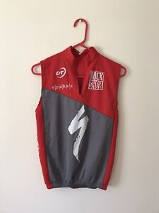 Rock Shox Cycling Jersey Shirt Sleeveless Red Gray 1/4 Zip Men's Size Small