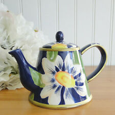 White Daisy Flower Floral on Blue 1 cup Collectible Ceramic Small Teapot New Box