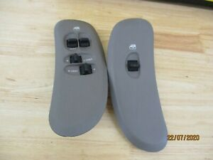 PAIR 01-07 DODGE CARAVAN CHRYSLER TOWN & COUNTRY LEFT RIGHT WINDOW SWITCH BEZELS
