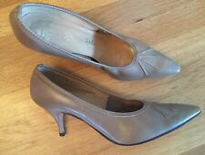 Vtg 1950s De Liso Debs Taupe Mocha Late Leather Pumps Heels Shoe Pinup Retro 9 B