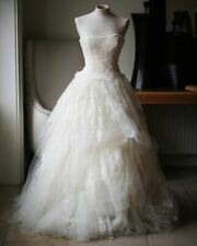 VERA WANG LUXE EMBELLISHED LACE AND TULLE WEDDING DRESS US 2 UK 6