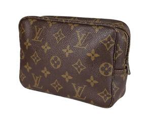 LOUIS VUITTON TROUSSE TOILETTE 18 Monogram Canvas Cosmetic Pouch Bag LP3954