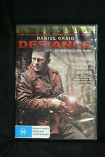 Defiance - Daniel Craig  - R 4-  (D476)