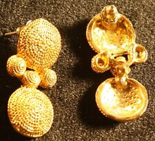Fashion design golden earings