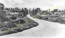 Bookham Railway Station Photo. Effingham - Leatherhead. Guildford to Epsom. (4)