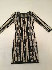 Ladies Forever 21 Fitted Knit dress Size US - M - new and unused