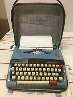 Vintage WEBSTER XL-747 BROTHER Portable Blue Typewriter w/case