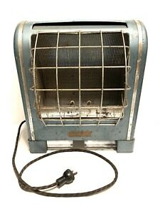 Vintage MCM Blue Economaster Electric Space Heater With Fabric Cord (Not Tested)