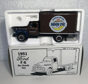 First Gear 1951 Ford F-6 Moon Pie Dry Goods Van 1/34 Scale Boxed