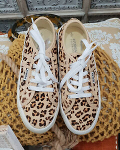 BRAND NEW LEOPARD JOGGERS/SNEAKERS