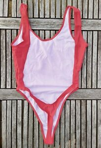 String Badeanzug in Gr L in Baywatch rot sexy tiefer Rücken thong swimsuit Body