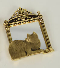 JJ Jonette Brooch Cat Looking In Mirror Gold Tone Kitty Pin Signed Tarnished