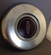 "1982-1987 Lincoln MARK 7 VII CONTINENTAL 15"" Wheel Hub Metal Burgandy Center Cap"