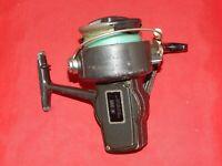 Vintage 910 Sears Roebuck & Co. Model 779.41424 Spincasting Reel