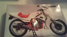Fujimi 15101 Honda VT250F single seat Motorcycle Model 1/12 Scale Made Japan