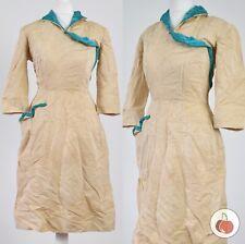 CHAMPAGNE, VELVET TRIM 1940s VINTAGE DRESS 8