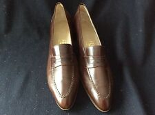 Vintage Ferragamo women's shoes size 6.5 brown leather pumps
