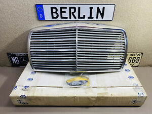 Mercedes Benz W123 Front Radiator Grille ZE Germany NOS