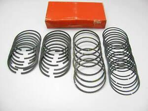 TRW T8325X Engine Piston Ring Set - Standard