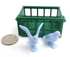 Playmobil Green Crate w/ 2 Blue Doves Wings Spread & Sitting Market Farm E22