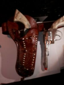 Roy Rodgers Cap Guns And Holster