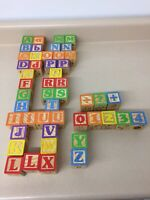 Vintage Wood Wooden Toy Blocks Letter Number Animal Picture Alphabet ABC AR139