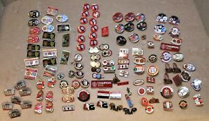 Manchester United Various Pins