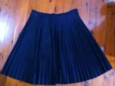 STYLISH CITY CHIC BLACK LEATHER LOOK PLEATED SKIRT SIZE:M-L? BNWOT