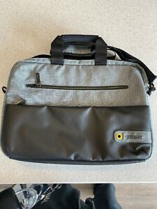american tourister 15.6 inch laptop bag
