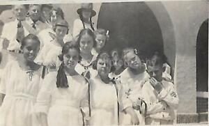 Found ANTIQUE PHOTO bw WHEN THEY WERE KIDS Original Snapshot CHILDREN 15 2 B