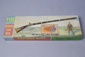 Vintage Pyro Kentucky Long Rifle Full Size Model Kit w Original Box
