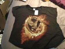 HUNGER GAMES HOT TOPIC EXCLUSIVE SCOOP NECK TEE SIZE M Plus Nailpolish!!!