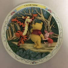 """Bradford Exchange Disney Winnie the Pooh & Friends """"""""T"""" is for Tigger"""" 3D Plate"""