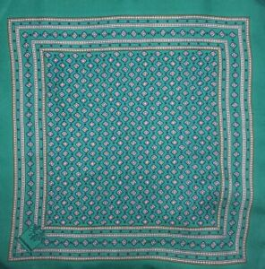 🆕️ DOLCE & GABBANA MENS SILK POCKET SQUARE MADE IN ITALY GREEN
