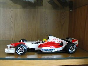 1/18 F1 Minichamps Toyota TF104 Showcar Ralf Schumacher 2004