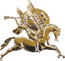 AIRBORNE DIVISION CLASSIC PEGASUS  HAND MADE IN UK  PLATED LAPEL PIN BADGE