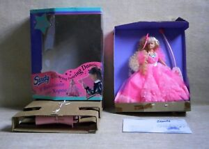 Sindy Queen of Dancing NIB B/O HASBRO