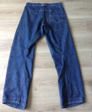 LEVI'S JEANS TWISTED / ENGINEERED CINCH BACK RED TAB SIZE 32 X 34 VGC