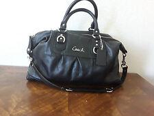 Coach women's handbag tote satchel detachable strap pebbled leather Black Large