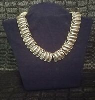 Vintage Signed TRIFARI Silver Toned Linked Cage Necklace