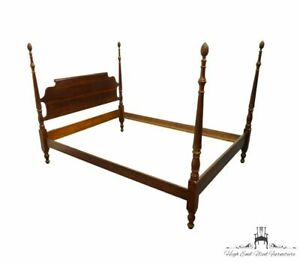 CRESENT FURNITURE Solid Cherry Traditional Style Queen Size Four Poster Bed